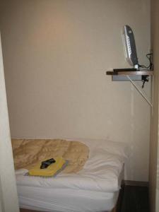 Tiny hotel room 1