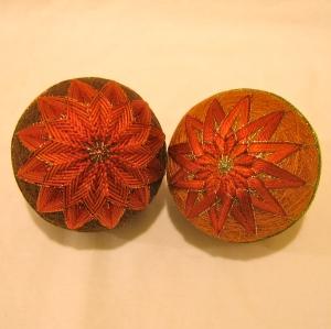 Both autumn kiku temari together