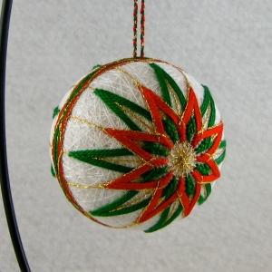 Red & green Christmas kiku ornament